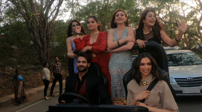 Bigg Boss 13 Housemates Step Out Of The House With Deepika